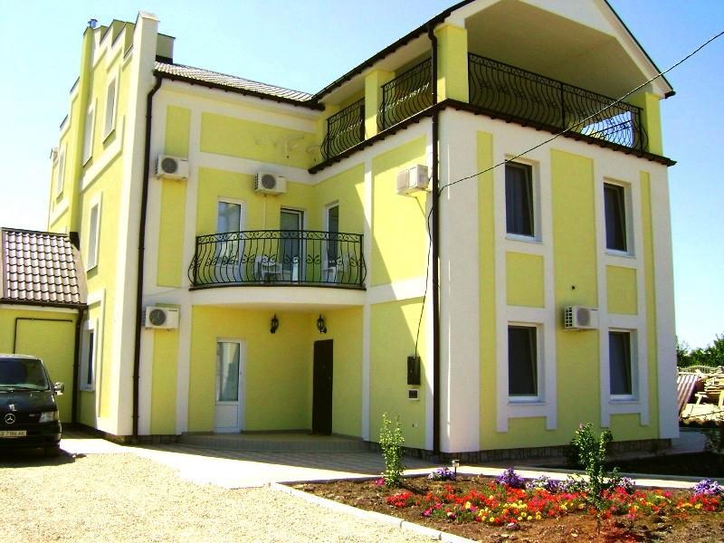 Гостевой дом «7 звезд» — в Береговом (Феодосия)